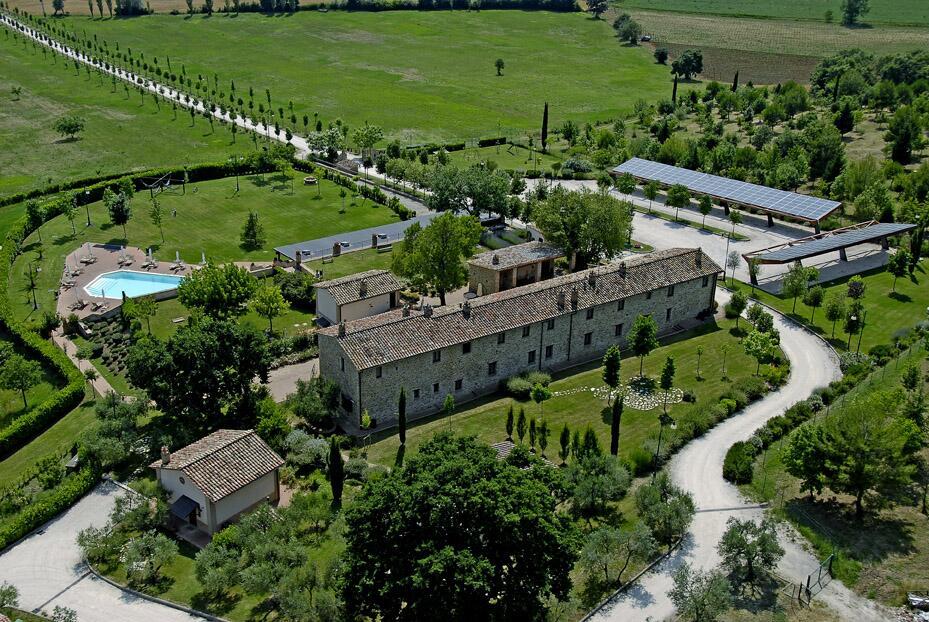 Appartamenti vacanze con piscina al Trasimeno - Agriturismo la Sorgente