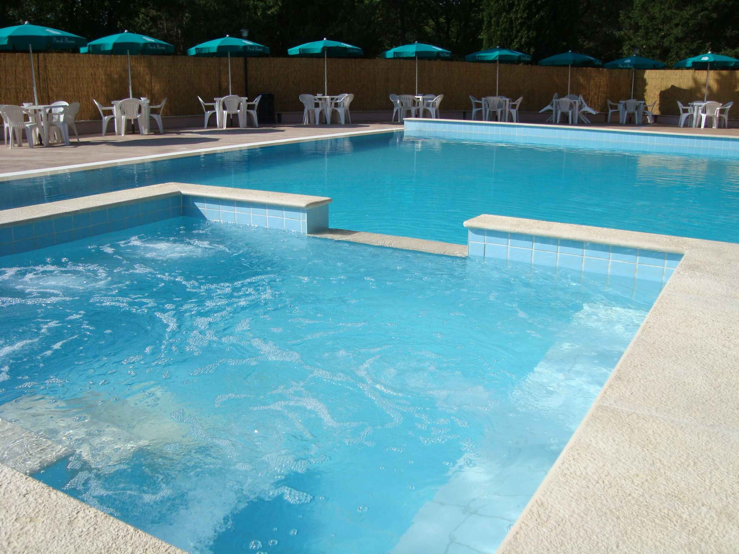 appartamenti familiari con piscina a bevagna